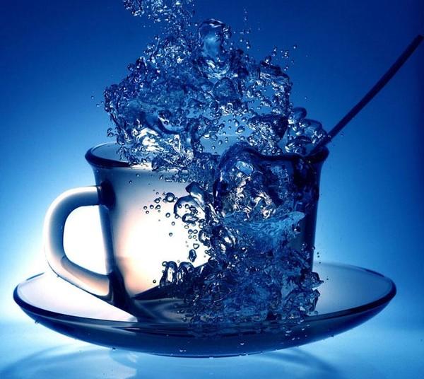 Холодная или горячая, так какая же вода замерзает быстрее?